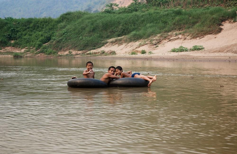 kayak au Laos expedition rivière